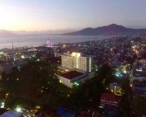 香港-萬鴉老自由行 印尼嘉魯達航空美娜多巨港半島酒店