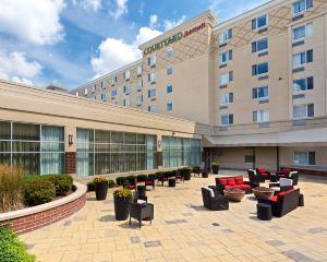 香港-韋恩堡 自由行 法國航空公司韋恩堡市區格蘭德韋恩會展中心萬怡酒店