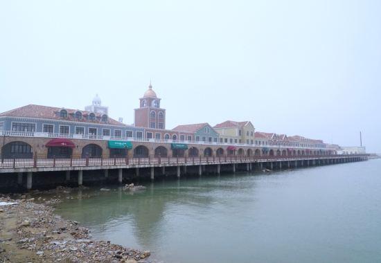 港门有多少人口_张 家 港 人 家 门 口 的 户 外 婚 礼