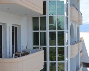 香港-羅得島自由行 德國漢莎航空-全景公寓式酒店