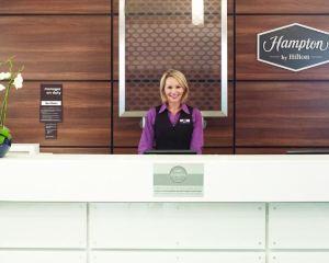 香港-布里斯托爾自由行 荷蘭皇家航空公司-希爾頓歡朋布裏斯托爾城中心酒店