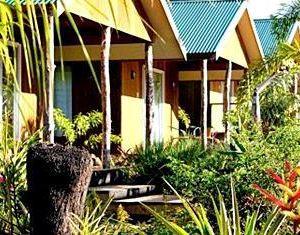香港-阿皮亞自由行 斐濟航空-薩摩亞演說家酒店