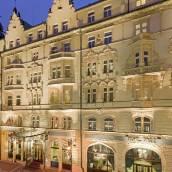 布拉格巴黎酒店